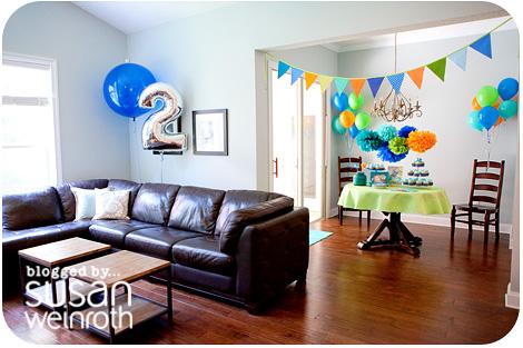 Noah's DINO-ROAR Party - room 2