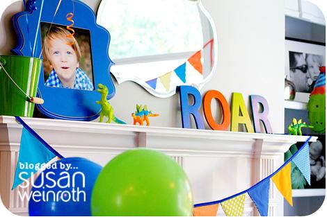 Noah's DINO-ROAR Party - ROAR letters