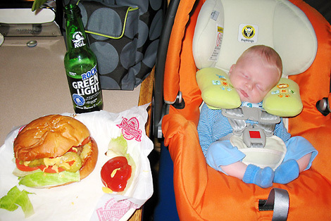 Evan_day_25_1_first_burger_and_be_2